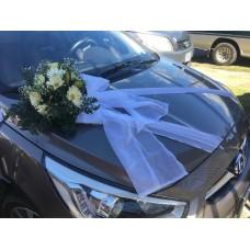 Carro Decorado con Arreglo Floral