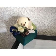 Arreglo Floral  2 Rosas Azules 2 rosas Blancas Peluche