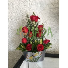 Arreglo Floral 9 Rosas Base Metalica