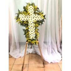 Arreglos Funebre en Cruz de Madera con Flores